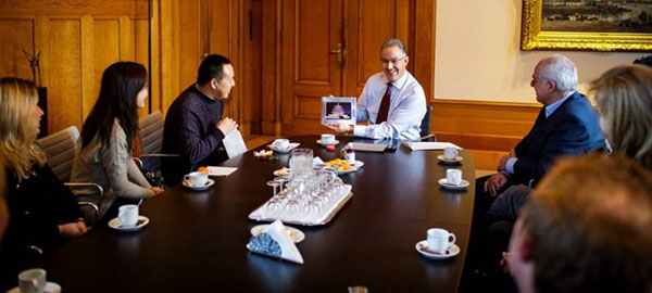 Director Mr. Zhu with the Mayor of Rotterdam Mr. Aboutaleb