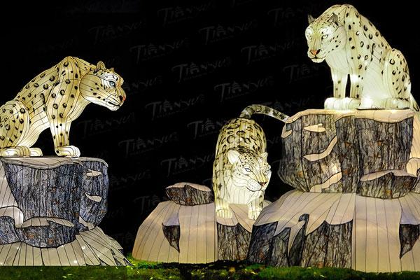 Snow Leopard Lanterns at WildLanterns